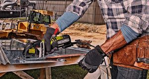Best Compact  Mini Circular Saws: Lightweight, Compact, Safty For DIY 2021