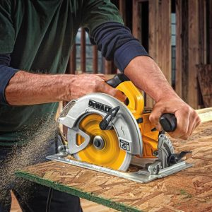 Best Cordless Circular Saws For Beginners 2021
